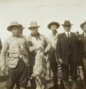 Roosvelt con la preda: a destra, Quanah