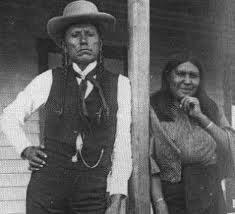 Quanah con Tonarcy, una delle mogli