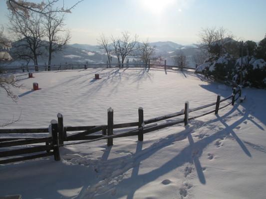 L'arena sulla valle, intonsa e finalmente al sole!